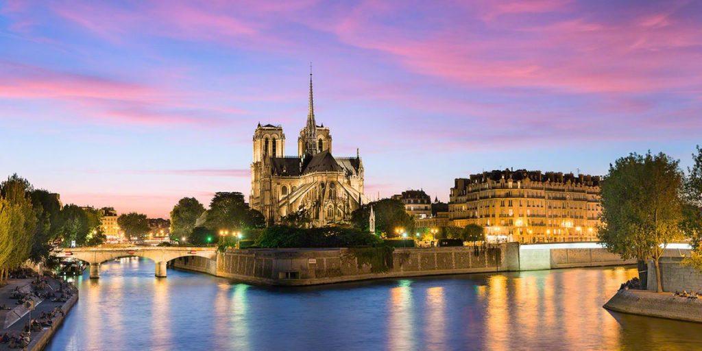 Elia-Locardi-Travel-Photography-Our-Lady-Of-Paris-Notre-Dame-1440-WM-DM-60q-1280×640